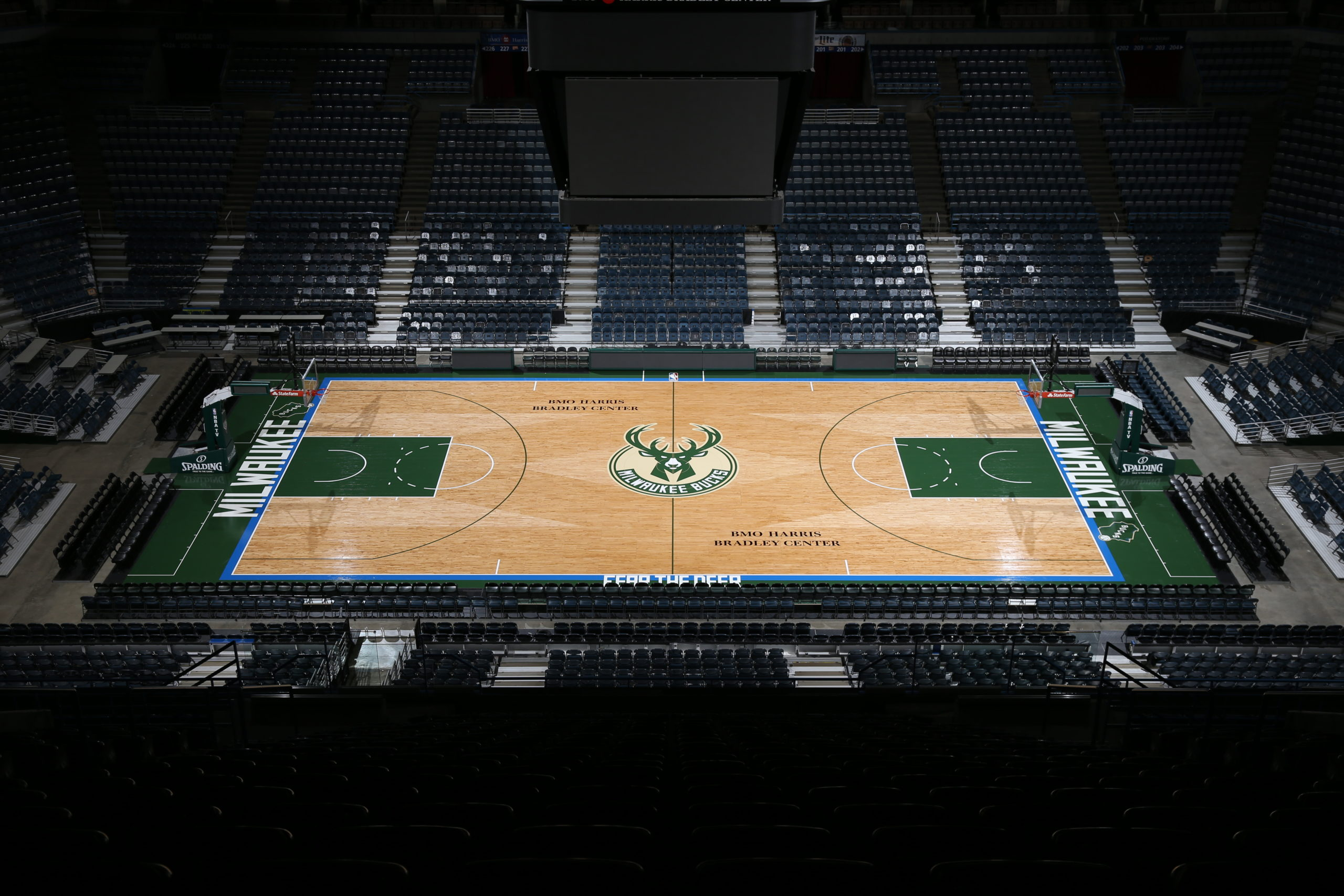 Milwaukee Bucks New Court